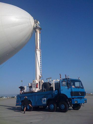 Zeppelin Eureka & Mobile Mast Truck