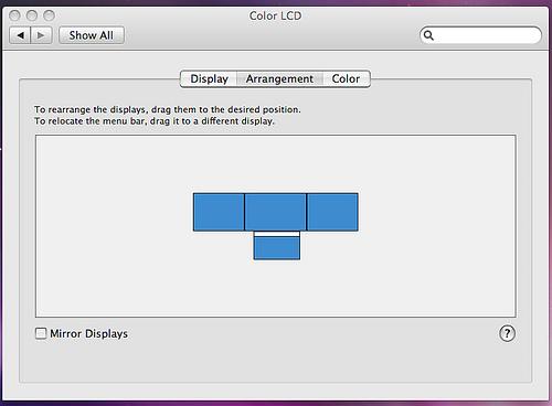 MacBook Display Arrangement