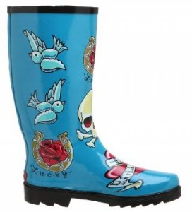 Sarah Palin's Awesome Rain Boots, Complete With Twitter Birds